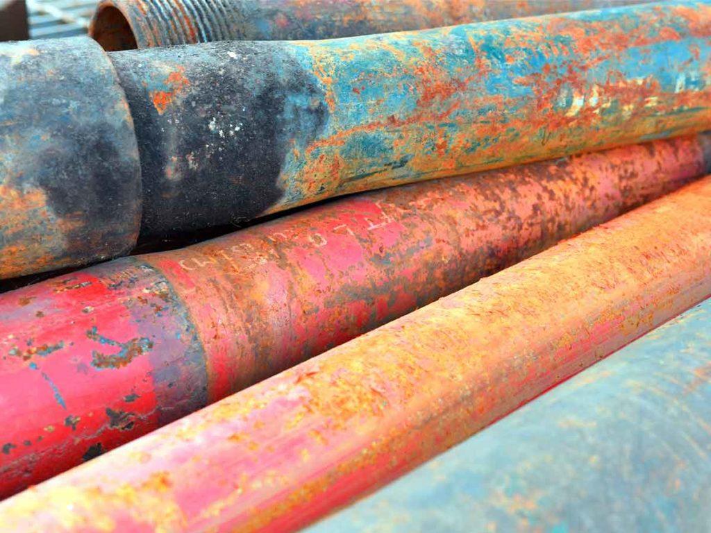 corrosion-de-metales-pipas-de-cromo