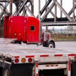 ¿Cómo proteger las plataformas de camiones de abrasiones e impactos?