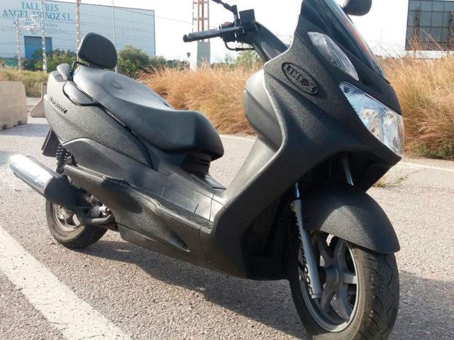 motocicleta-libre-de-rayones-y-abolladuras
