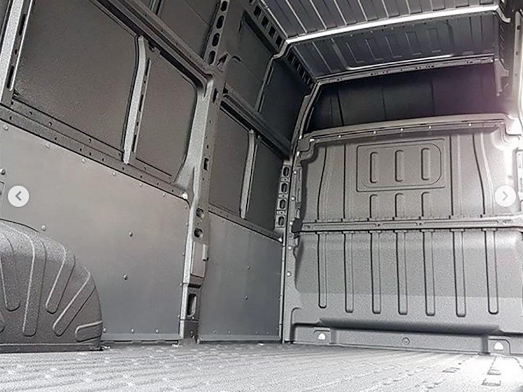 Logra que las camionetas refrigeradas permanezcan más frescas con LINE-X